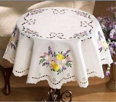 Spring Flower Floral Lacy White Dining Kitchen Tablecloth Round Table Topper