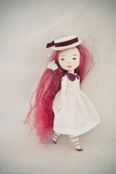 "woooooow. this ""art doll"" is beautifully precious. but there's no way I would let my daughter TOUCH her"