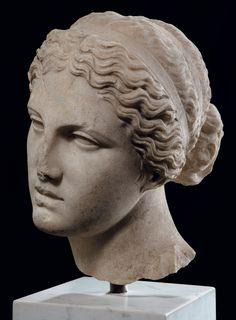 Roman marble head of Aphrodite Ancient Greek Sculpture, Portrait Sculpture, Sculpture Art, Goddess Sculpture, Western Sculpture, Roman Sculpture, Ancient Art, Aphrodite, Ancient Sculpture
