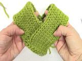 DROPS Crafting Tutorial: How to assembly a poncho. We have several poncho designs in our Drops collections based on the same basic rectangul. Poncho Knitting Patterns, Diy Crochet And Knitting, Crochet For Boys, Crochet Videos, Loom Knitting, Baby Knitting, Crochet Patterns, Crochet Hats, Drops Design