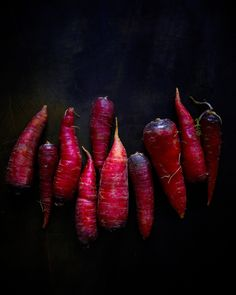 dragon carrots from hungry ghost food. Fruit And Veg, Fruits And Veggies, Fresh Fruit, Colorful Vegetables, Dark Food Photography, Photo Deco, Food Design, Raw Food Recipes, Food For Thought