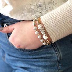 Beaded Bracelets Tutorial, Handmade Bracelets, Gemstone Bracelets, Gemstone Beads, Pearl Bracelet, Bracelet Designs, Fashion Bracelets, Beaded Jewelry, Jewelry Necklaces