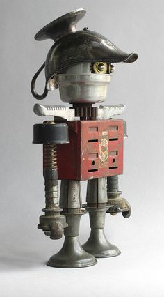 Banko 2 - Different view to see head construction by adopt-a-bot (Brian Marshall), via Flickr #robot #art