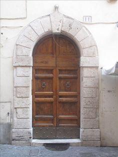 rome: Residenza Sansoni - Navona Apartment, in the Heart of Rome Kitchen Corner, Walk In Shower, Quito, In The Heart, Studio Apartment, Tall Cabinet Storage, Trip Advisor, Roman Holiday, Easy