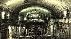 A subway spelunker's guide to Paris' abandoned Métro stations Abandoned Train, Abandoned Houses, Abandoned Places, Underground Paris, Underground Railroad, U Bahn Station, Metro Paris, Train Tunnel, Derelict Buildings