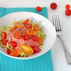 Raw zucchini pasta with creamy tomato sauce - the perfect healthy and light meal for summer! (vegan, gluten free)