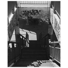 Escaleras #fotografia #foto #fotografiaurbana #blancoynegro