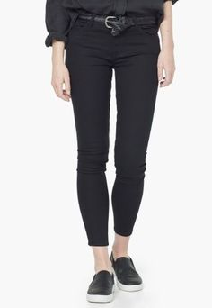 Blugi Mango negri slim talie regular de dama Manga, Capri Pants, Black Jeans, Skinny Jeans, Suits, Stuff To Buy, Clothes, Fashion, Outfits