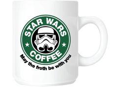 """""""Star Wars: Das Erwachen der Macht"""" ist in den Kinos angelaufen! Auch vor der Küche macht die Star Wars-Manie nicht Halt. Die besten Gadgets für Küchen-Yedis."""