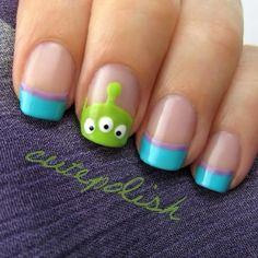 Alien guys from Toy Story! My sis would LOVE this! Cute Acrylic Nails, Cute Nail Art, Toy Story Nails, Nail Art Disney, Nail Art Designs, Disney Nail Designs, Nails Design, Alien Nails, Nails For Kids