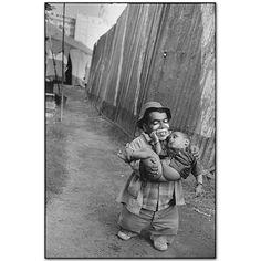 Mary Ellen Mark - Usman with His Son. Jumbo Circus, Bombay, 1992 #photographers