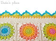 crochet border pattern~Dada's place, a beautiful crochet site. She uses the loveliest color combinations! Crochet Border Patterns, Crochet Chart, Crochet Motif, Crochet Stitches, Free Crochet, Knit Crochet, Crochet Square Blanket, Crochet Squares, Crochet Granny