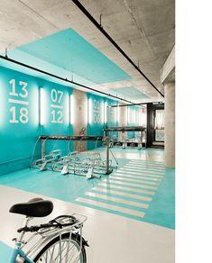 Estación de bicicletas & Agencia CTPM : [ih]arquitectos ES