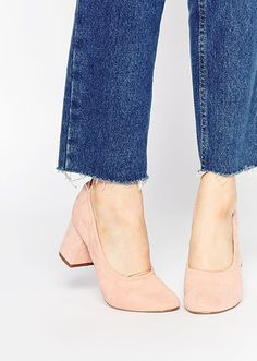 simone peach colored heels