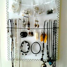 D.I.Y Jewelry stand!