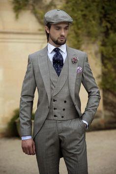 2015 Vintage Grey Mens Suits Peaked Lapel Wedding Suits For Men Groom Tuxedos For Men One Button Three Piece Suit Jacket+Pants+Vest+Tie Suits For Wedding Groom Tux For Wedding From Anniesbridal, $114.64| Dhgate.Com
