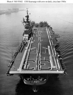 """USS """"Kearsarge"""" (CV - one of 24 Essex-class aircraft carriers completed during or shortly after World War II for the United States Navy. Mchale's Navy, American Aircraft Carriers, Essex Class, Uss Kearsarge, Navy Carriers, Us Navy Ships, Navy Aircraft, Naval History, Web Design"""