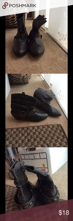 Urban 8.5 brown faux leather boots In good condition. A little wear as shown in photos. Super comfortable w lining on the inside. Perfect for upcoming fall. Size 8.5 women's. Urban Outfitters Shoes Ankle Boots & Booties