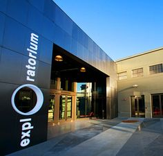 Exploratorium in San Francisco. Reminds me of the old children's museum in salt lake.