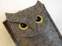 Gadget case on etsy from BoutiqueID #etsy #diy #owl #felt #sewing $25