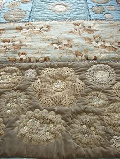 lovely textiles: quilts Old doilies and buttons adorn this quilt Doilies Crafts, Lace Doilies, Doily Art, Crochet Doilies, Crazy Quilting, Vintage Quilts, Vintage Fabrics, Textiles, Antique Lace
