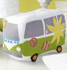 Flower Power: Bulli-Kissen für VW-Freunde nähen - Schnittmuster und Nähanleitung via Makerist.de