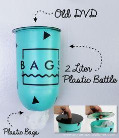 Maak deze plastic zak Mid Century Modern Geometrische Confetti of houder van een 2 liter plastic fles en DVD.  Een prachtige upcycle die iedereen kan doen!