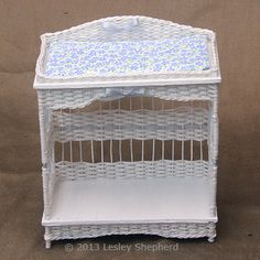 weave a simple dollhouse miniature wicker change table - also other miniature weaving projects - diy
