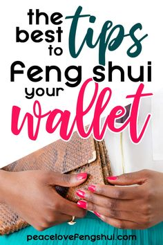 Have you ever wondered if it's possible to feng shui your wallet? Here are some quick and easy tips to help you feng shui your wallet and purse. Feng Shui Wallet Colour, Feng Shui Your Wallet, Feng Shui Your Life, Feng Shui And Money, How To Feng Shui Your Home, Feng Shui Wealth, Feng Shui House, Feng Shui Bedroom, Feng Shui Guide