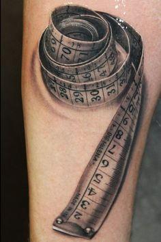 Tatuagem Fita Métrica by Ivan Trapiani
