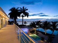 Imagine if this was your balcony view from your Miami mansion...