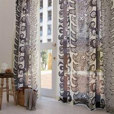 【北欧インテリア】シックでかっこいい部屋にするカーテン選び - simple liv change