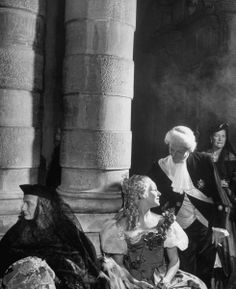 Princess Maria Pignatelli, Countess Consuela Crespi, and the Count of Clary at the famous 1951 Beistegui Ball