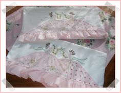 i embroidered these Southern Belle pillowcases ~mbr~