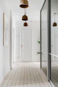 Scandinavian interior design Scandinavian Interior Design, Decor Interior Design, Modern Interior, Interior Decorating, Lamp Design, Pendant Lamp, Lamp Light, Rum, Sweet Home