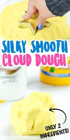 Do your kids love to make slime and play dough? If so, then you have to try this silky smooth cloud dough recipe from Soccer Mom Blog! This cloud dough is easy to make and is so fun for your kids to play with. It is easy enough to make that your preschooler help! Try making this DIY cloud dough recipe today. #clouddough #diy #playdough #recipe #kids #easy Toddler Activity Bags, Toddler Activities, Toddler Games, Indoor Activities, Family Activities, Babysitting Activities, Playdough Activities, Toddler Fun, Toddler Learning