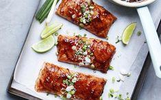 Zalmfilet met hoisin uit de oven Pureed Food Recipes, Fish Recipes, Lunch Recipes, Asian Recipes, Healthy Recipes, Ethnic Recipes, Sauce Hoisin, Mumbai Street Food, Dairy Free Diet