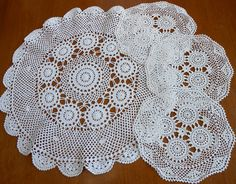 4 White Doilies Matching Set in 2 Sizes Cotton Crochet Lace