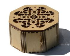 Laser cut Octagonal Star Box made from Baltic Birch Plywood 3d Laser, Laser Cut Wood, Laser Cutting, Cnc, Woodworking Projects That Sell, Woodworking Jigs, Youtube Woodworking, Plywood Boxes, Laser Cutter Ideas