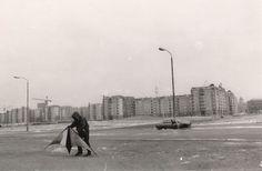 Berlin, Potsdamer Platz, 1990 | Sibylle Bergemann Potsdamer Platz, German Women, Surrealism Photography, Female Photographers, Berg, Street View, Pictures, Kunst