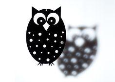 By Gabay uro med ugle sort - Tinga Tango Designbutik. Interiørbutik - Interior - Children - Børn - Toys - Legetøj - Brugskunst - Design - Kunst - Webshop - Billig fragt - illustrationer - porcelæn - keramik - Black - Sort