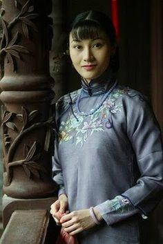 Cheongsam / Qipao, Chinese Traditional Dress Chinese Fashion, Oriental Fashion, Chinese Style, Cheongsam, Hanfu, Mandarin Dress, Asian Ladies, Chinese Clothing, Ao Dai