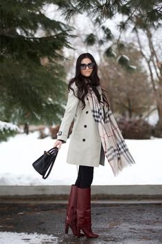Pink Peonies by Rach Parcell Fall Winter Outfits, Autumn Winter Fashion, Winter Style, Burgundy Boots, Brown Knee High Boots, Long Boots, Outfit Invierno, Casual Outfits, Fashion Outfits