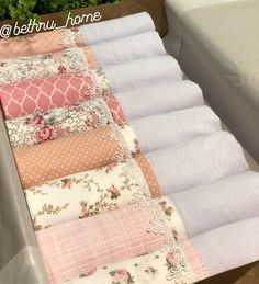 Bathroom Towel Decor, Sewing Crafts, Diy Crafts, Embroidered Towels, Home Curtains, Christmas Sewing, Baby Pillows, Linens And Lace, Diy Embroidery