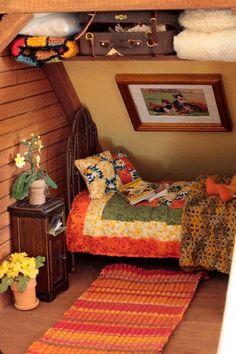Miniaturen 6 Competent Clever Tips: Old Attic Drawing attic organization ideas. Miniature Rooms, Miniature Houses, Miniature Furniture, Doll Furniture, Dollhouse Furniture, Diy Dollhouse, Dollhouse Miniatures, Attic Design, Attic Rooms
