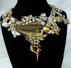 Hollywood Glam necklace Haute Couture Bridal by HopscotchCouture