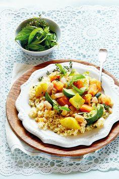 Fazole s opečenou zeleninou Cobb Salad, Risotto, Fresh, Dinner, Ethnic Recipes, Food, Bulgur, Dining, Food Dinners