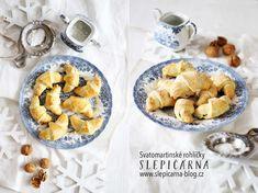 Svatomartinské rohlíčky sořechovou náplní French Toast, Oatmeal, Breakfast, Sweet, Food, The Oatmeal, Morning Coffee, Candy, Rolled Oats