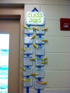 T is for Teaching: First Week Complete & Class Reveal Continues - I like this job chart Classroom Job Chart, School Classroom, Classroom Decor, Classroom Jobs Display, Future Classroom, Classroom Table Names, Primary Classroom Displays, Minion Classroom, Classroom Economy