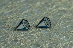 Náušničky bielo farebný diamant